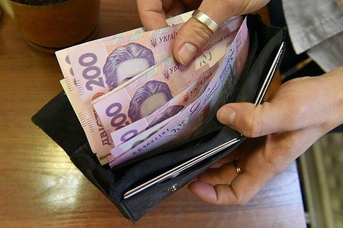 В Україні змінять оплату праці держслужбовців
