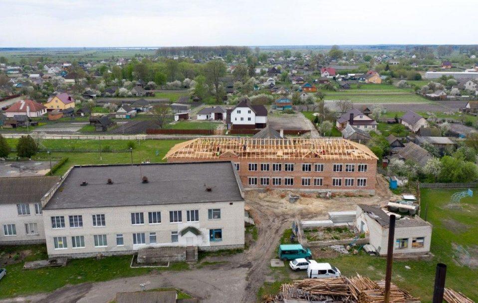 У селі на Ратнівщині будують нову школу за 21 мільйон гривень. ФОТО