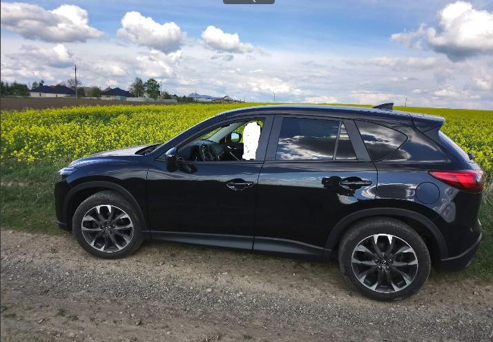 У Луцьку викрали автомобіль Mazda CX-5. ФОТО