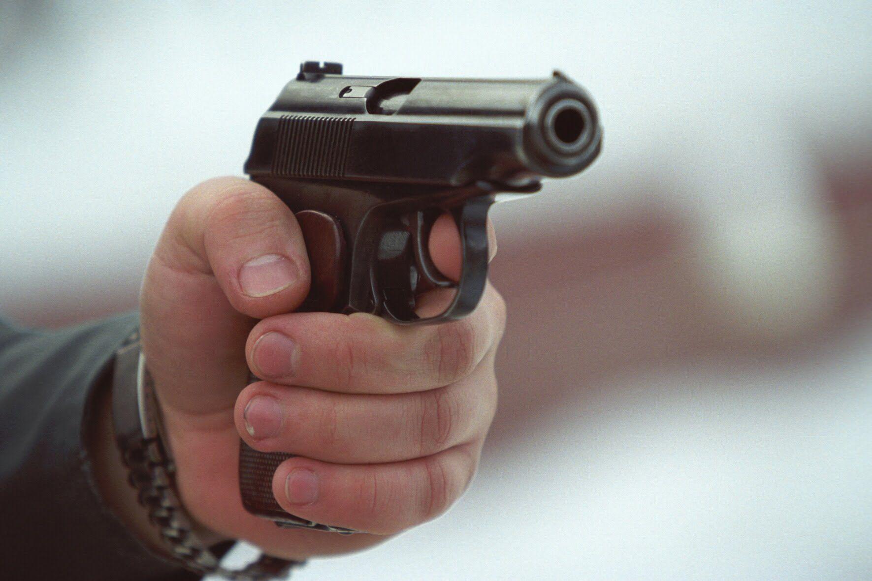 Нічна стрілянина у Луцьку: просять упізнати учасників. ВІДЕО