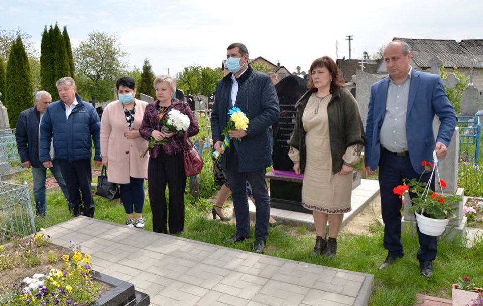 У Луцьку вшанували загиблих на сході військових. ФОТО