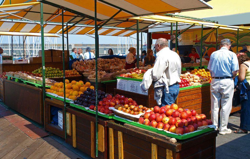 У Луцьку хочуть відкрити агропродовольчі ринки уже 7 травня