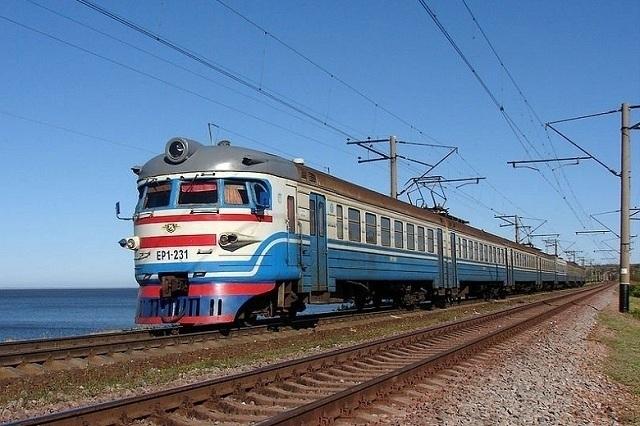 Коли в Україні почнуть продавати квитки на потяги