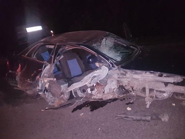 Моторошна аварія на Волині: п'яний водій влетів у бетонну стіну. ФОТО