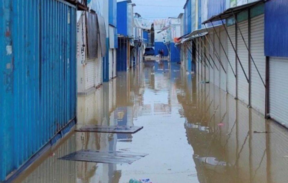 У Ковелі дощ затопив ринок. ВІДЕО