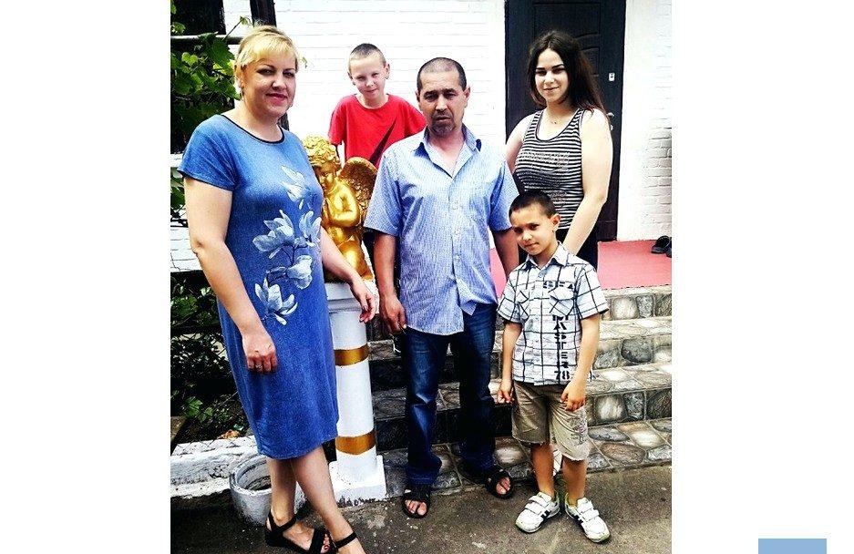 Місяць до операції: батько трьох дітей з Волині потребує допомоги