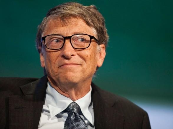 Білл Гейтс відповів на чутки про його участь у чіпуванні людей