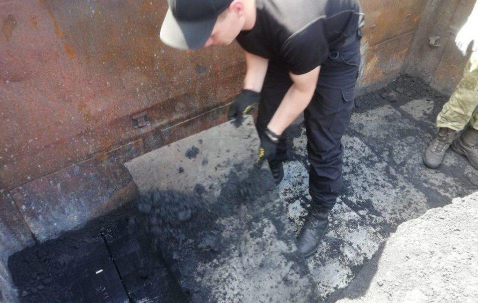 У Володимирі виявили «цигарковий» вагон. ФОТО