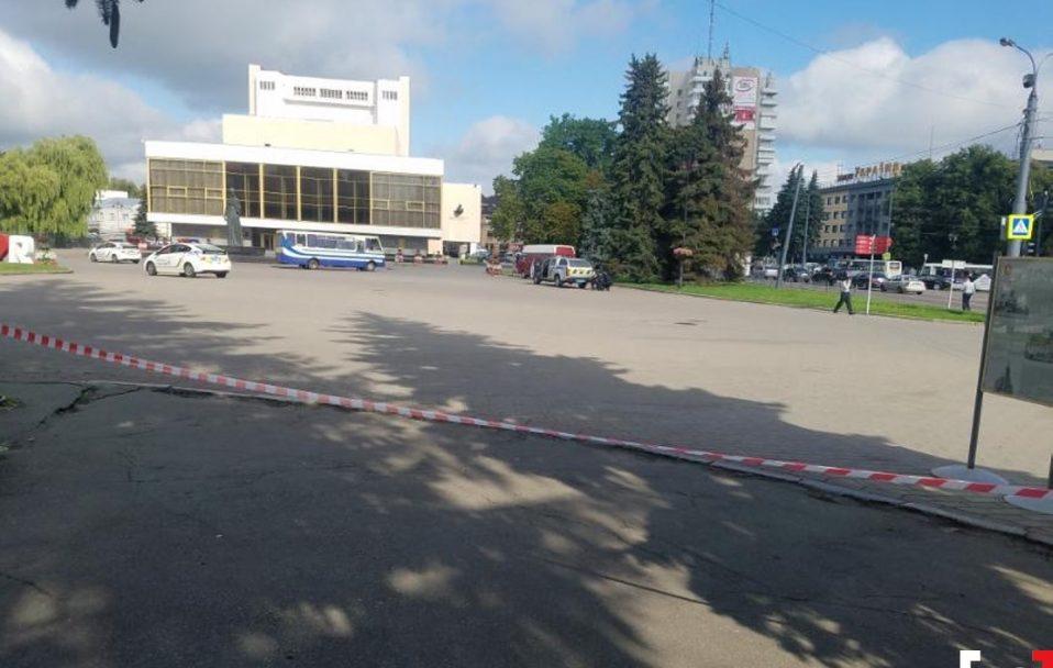 Шукають рідню заручників з автобуса у центрі Луцька