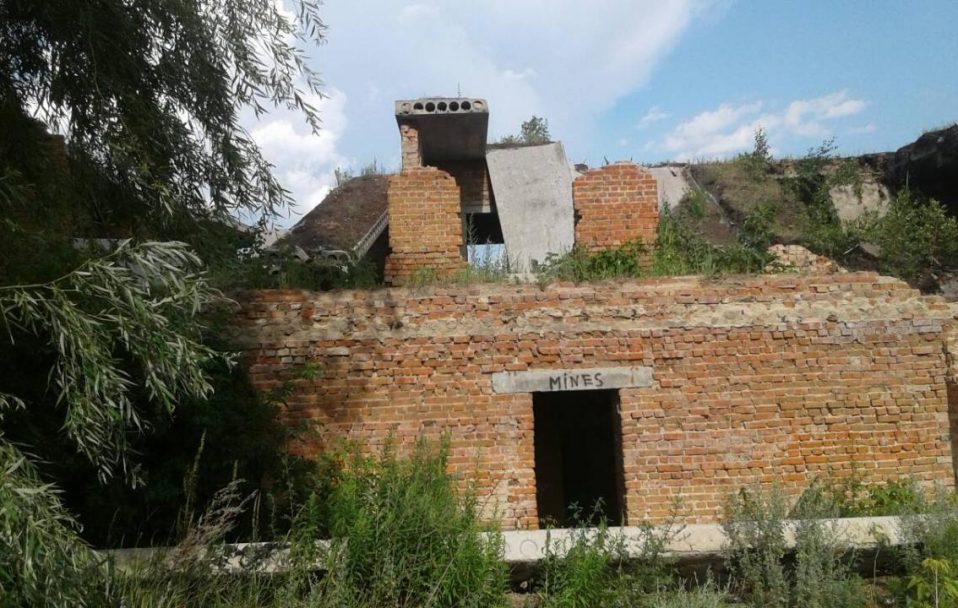 Трагедія на Волині: на чоловіка впала стіна, він загинув