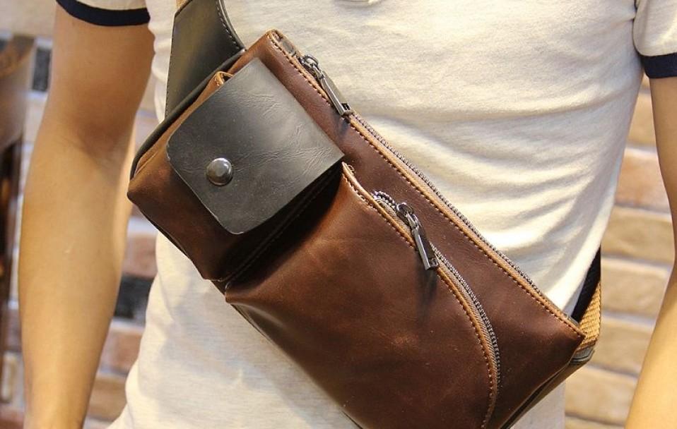 Просять упізнати молодика, який вкрав сумку у луцькому магазині. ВІДЕО