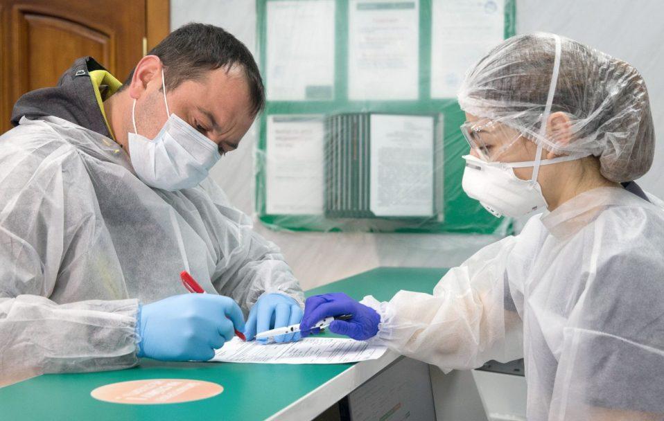 Волинський лабораторний центр робить платні тести на коронавірус: скільки це коштує
