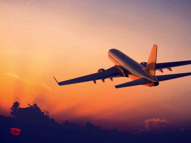 Польща скасувала двотижневий карантин для пасажирів авіарейсів з України