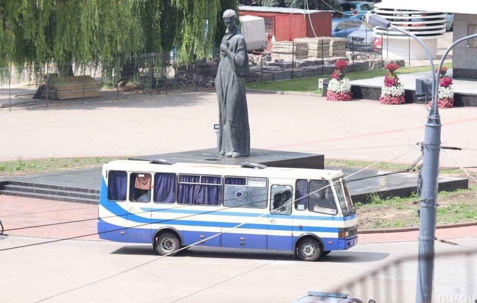 Терорист дозволив передати воду для заручників у Луцьку