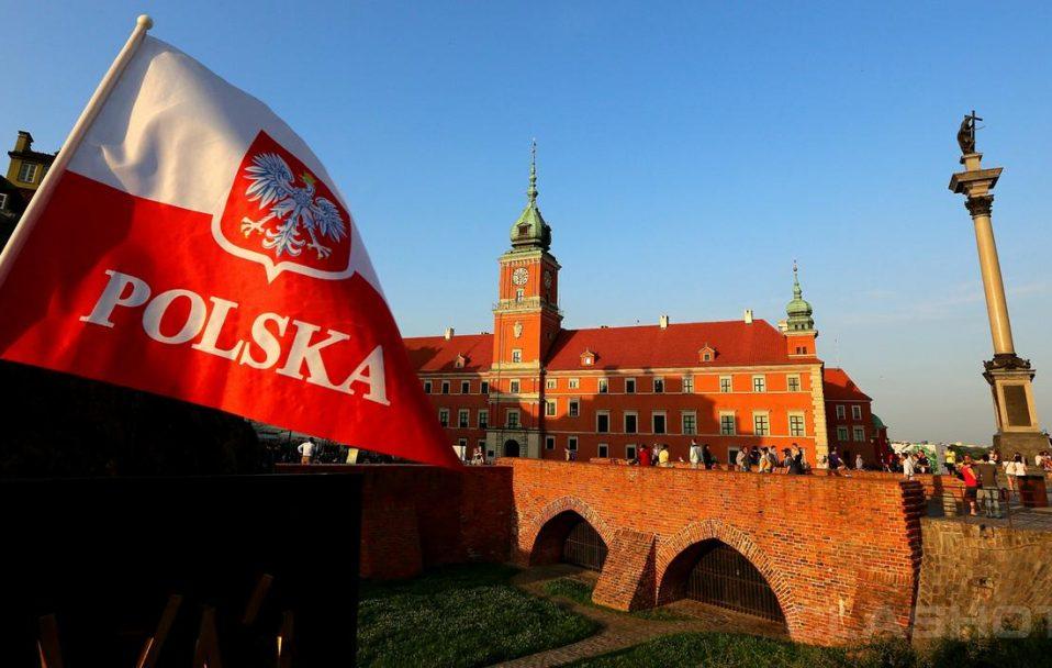 Польща спростила в'їзд: українцям не потрібно сидіти на карантині, але є умова