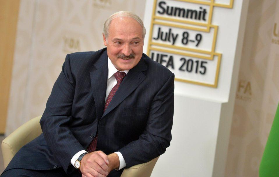 Вибори в Білорусі: тисячі соратників опозиції вийшли на мітинг