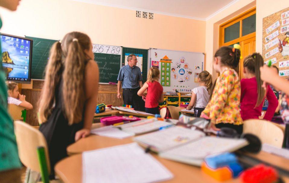 """""""У школах Волині уже передбачені канікули із 15 по 30 жовтня"""", – Юрій Погуляйко"""