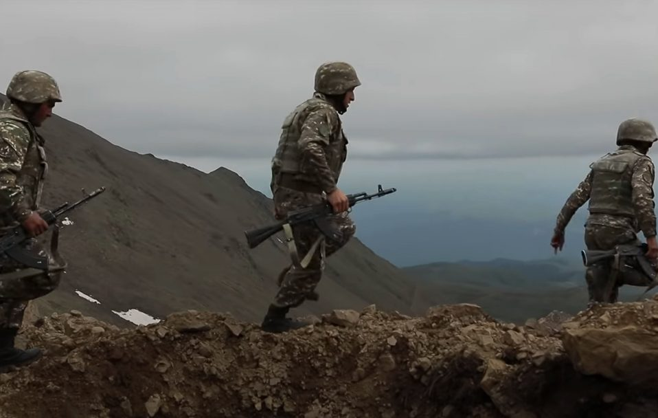 Вірменія та Азербайджан відновили взаємні обстріли