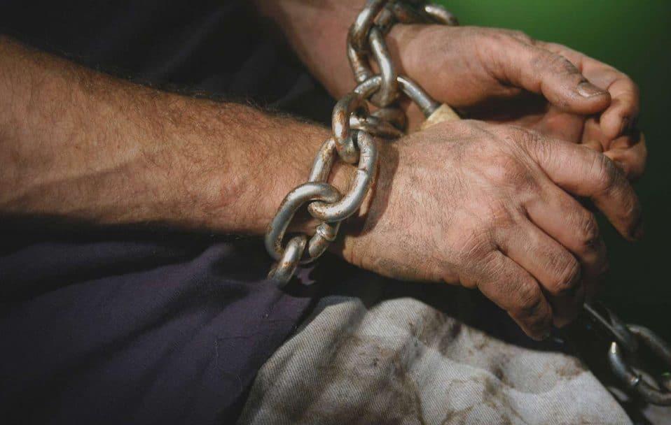 На Волині зловили чоловіка, який відправляв людей у трудове рабство
