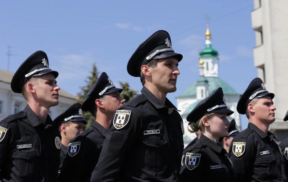 Волинян кличуть на службу в патрульну поліцію. Зарплата – від 11 200 гривень