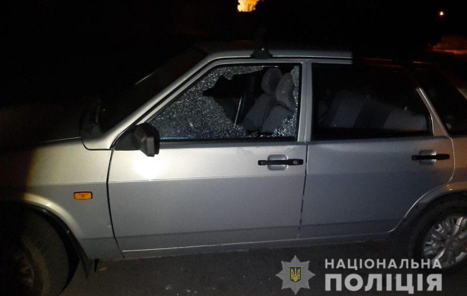 """За ніч – 5 крадіжок: у Луцьку зловили чоловіка, який """"чистив"""" автівки. ФОТО"""