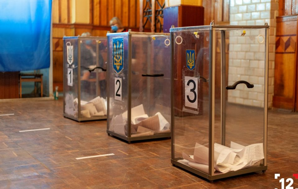 Паралельний підрахунок голосів: назвали лідерів у Володимирі та Нововолинську