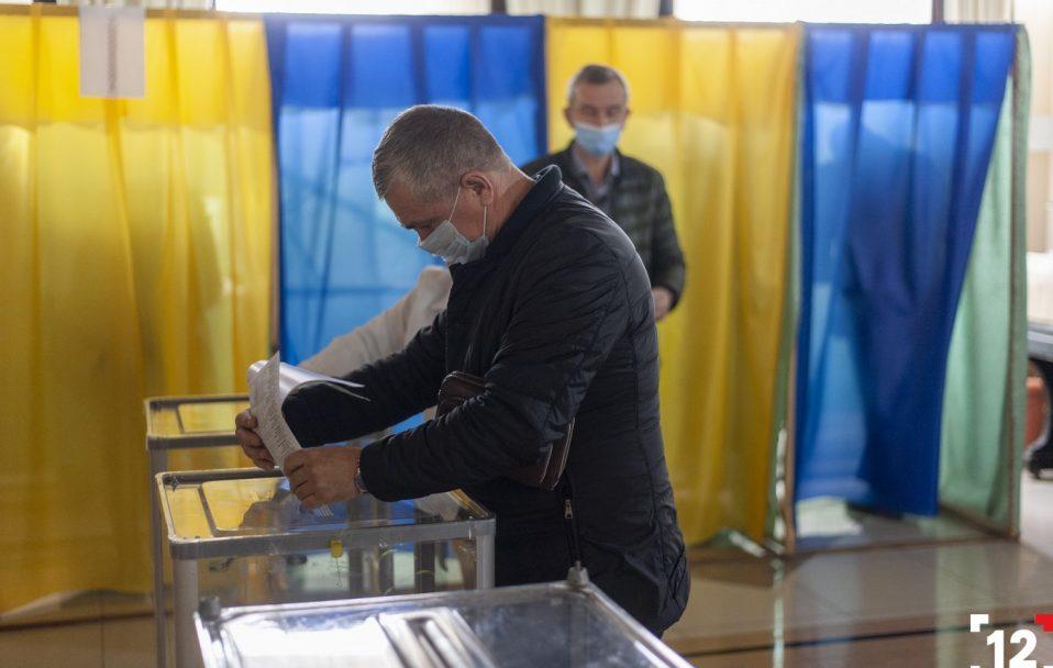 Паралельний підрахунок: у Луцьку опрацювали 99% голосів