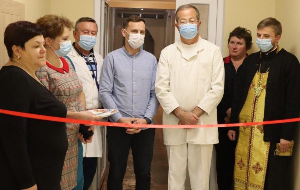 У районній лікарні Ратного капітально відремонтували реанімаційне відділення. ФОТО