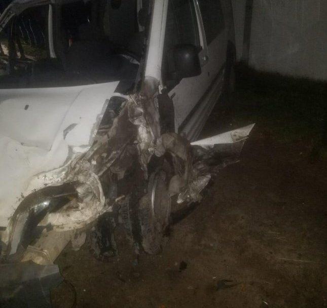 На Ківерцівщині автомобіль влетів у стовп: пасажир загинув