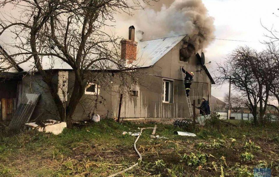 Пожежа на Волині: вогонь знищив частину будинку. ФОТО