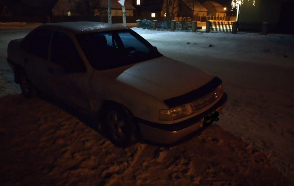 На Волині п'яний водій втік з місця ДТП, а потім хотів відкупитися від поліції. ФОТО