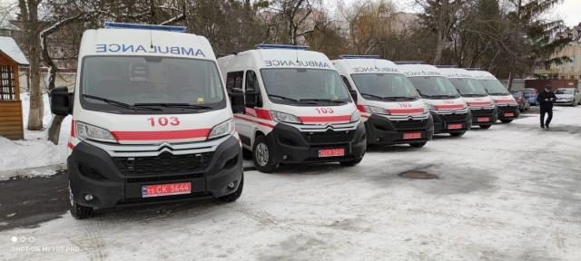 Волинські медики отримали нові реанімаційні автомобілі