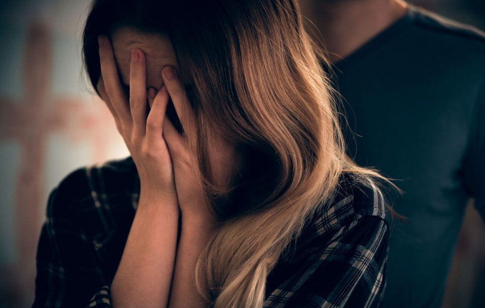 На Волині зґвалтували молоду дівчину. Її забрали у лікарню