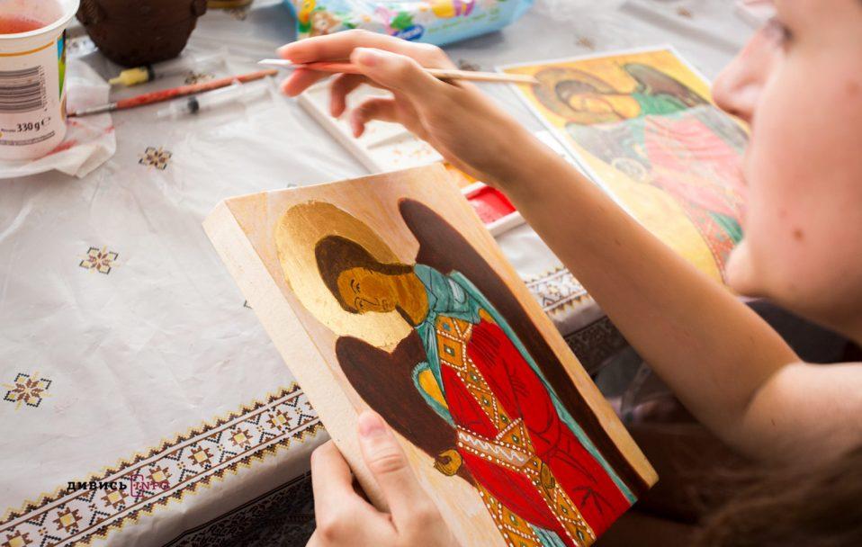 Ранок LIVE | Як написати ікону так, щоб у ній не лише були дотримані усі канони, але й відчувалася душа?