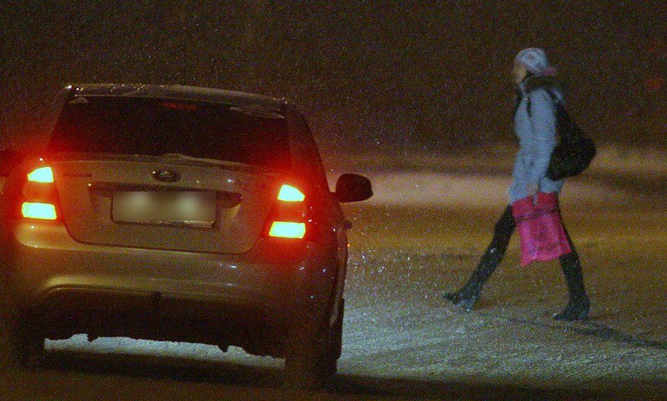 """У Луцьку на """"зебрі"""" водій Volkswagen збив 14-річну дівчину"""