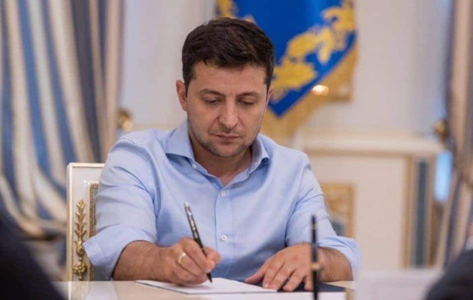 Зеленський призначив державну стипендію лучанці