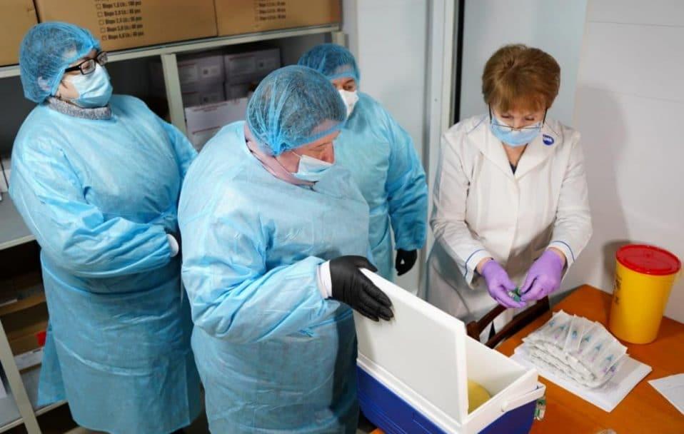 Офіційно: в Україні виявили два випадки «британського» штаму коронавірусу