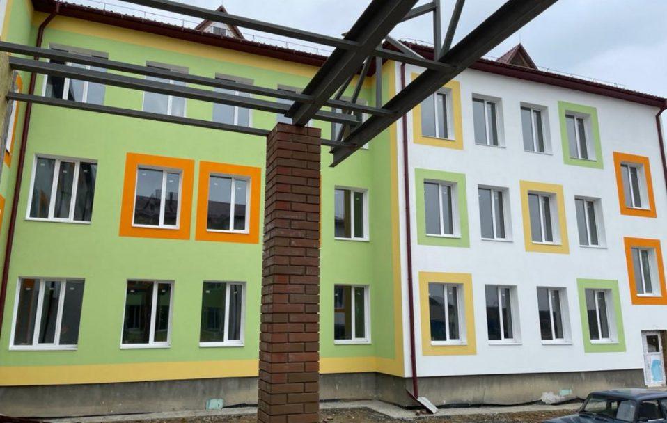 Показали, як у селі на Волині будують школу за 114 000 000 гривень. ФОТО