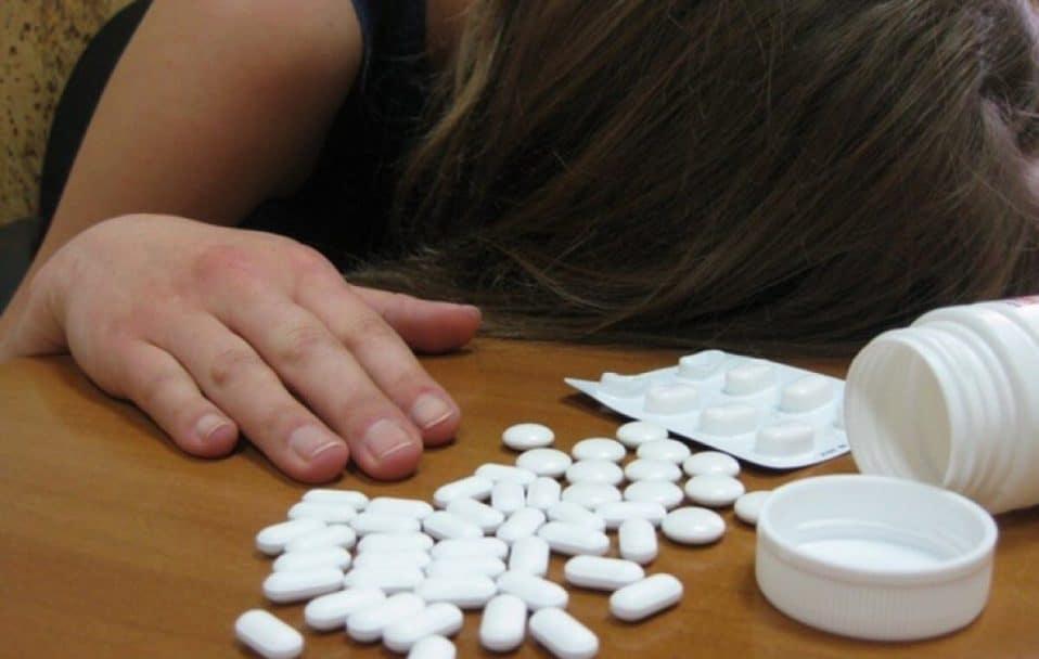 У луцькій школі 13-річна учениця намагалась вчинити самогубство