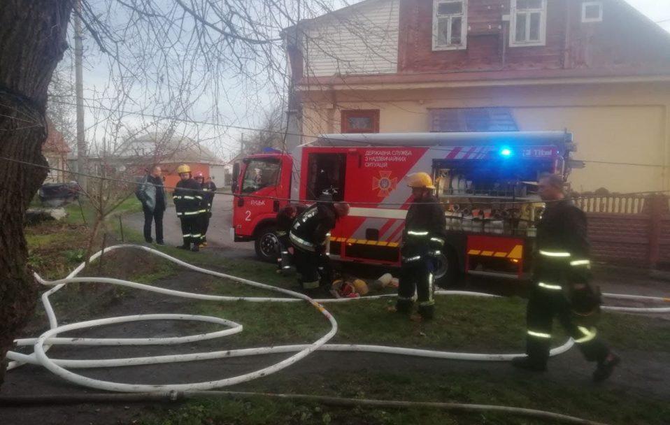 Рятувальники прокоментували смертельну пожежу у Луцьку. ФОТО