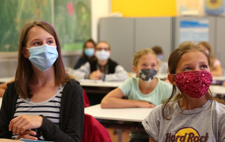 Повідомили коронавірусну статистику у волинських школах