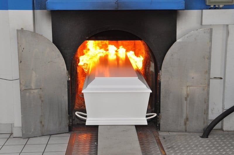 Що каже церква про кремацію: пояснення волинського священника. ВІДЕО
