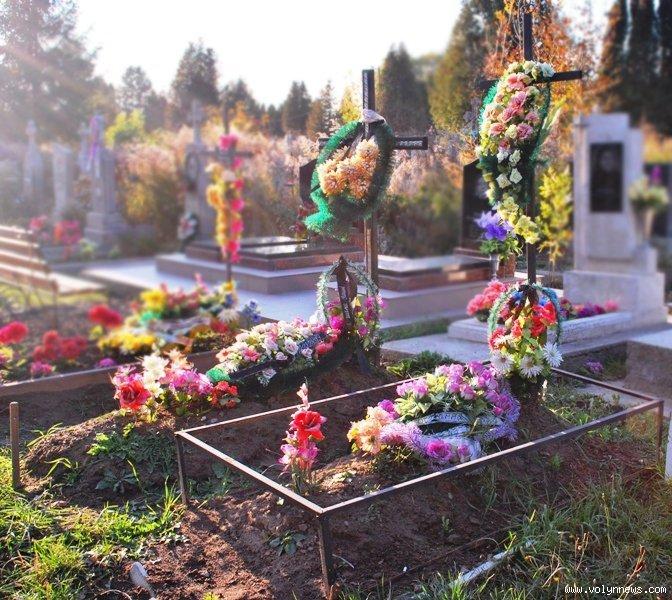 За три роки на кладовищі у Гаразджі закінчиться місце для поховань. ВІДЕО