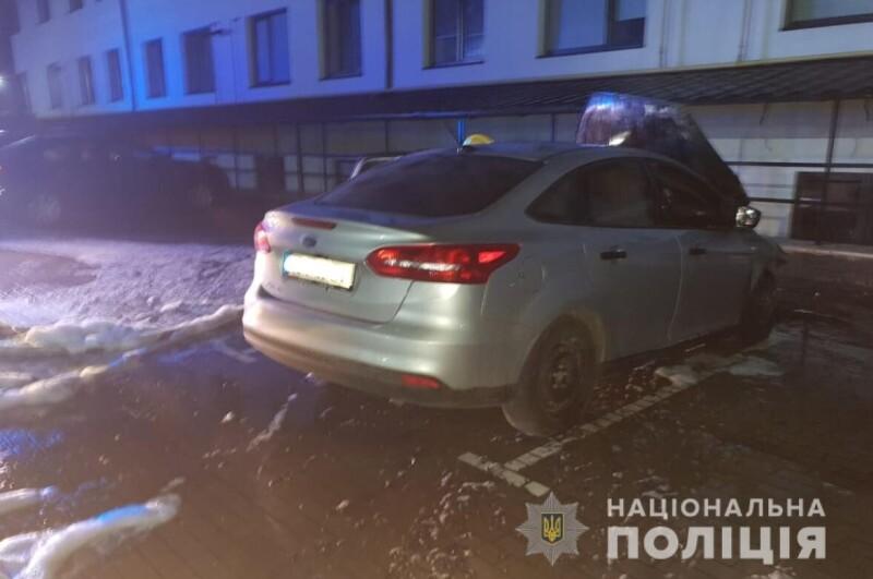 Уночі горів автомобіль луцької медійниці Катерини Дулапчій. Підозрюють підпал. ФОТО