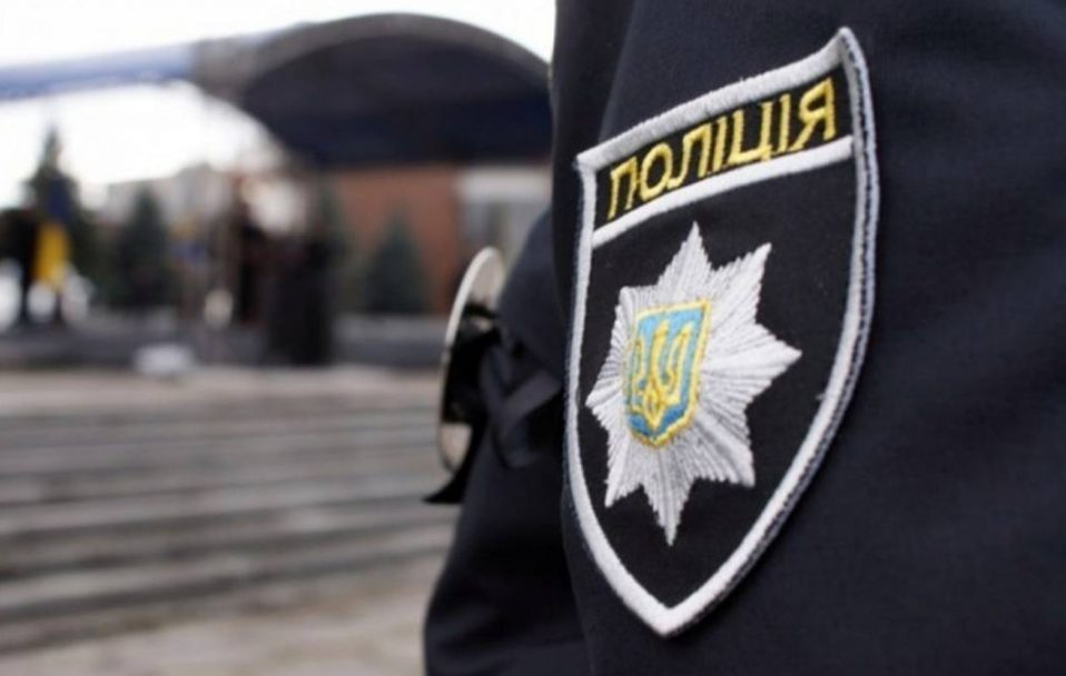 У Нововолинську чоловік нападає на дівчат: що кажуть у поліції
