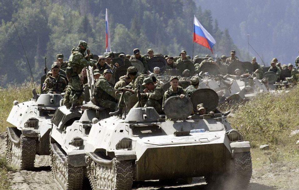 У РФ заявили, що почали повертати війська з навчань в окупованому Криму