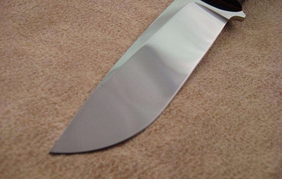 Нещасний випадок на Волині: чоловік впав на ніж