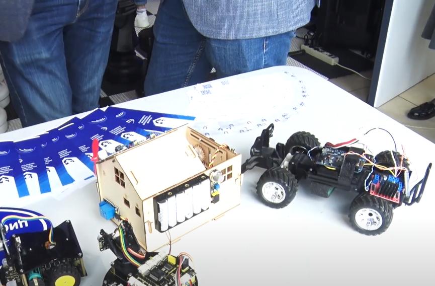 Роботи і віртуальна реальність: студенти Луцького НТУ влаштували виставку своїх винаходів. ВІДЕО