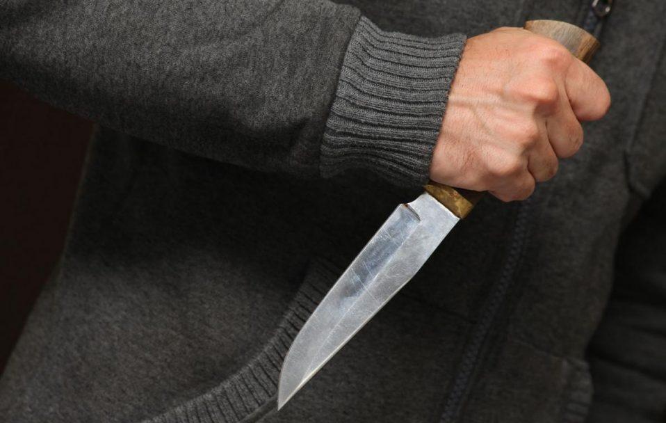 На Волині 17-річний хлопець отримав удар ножем. Він у реанімації