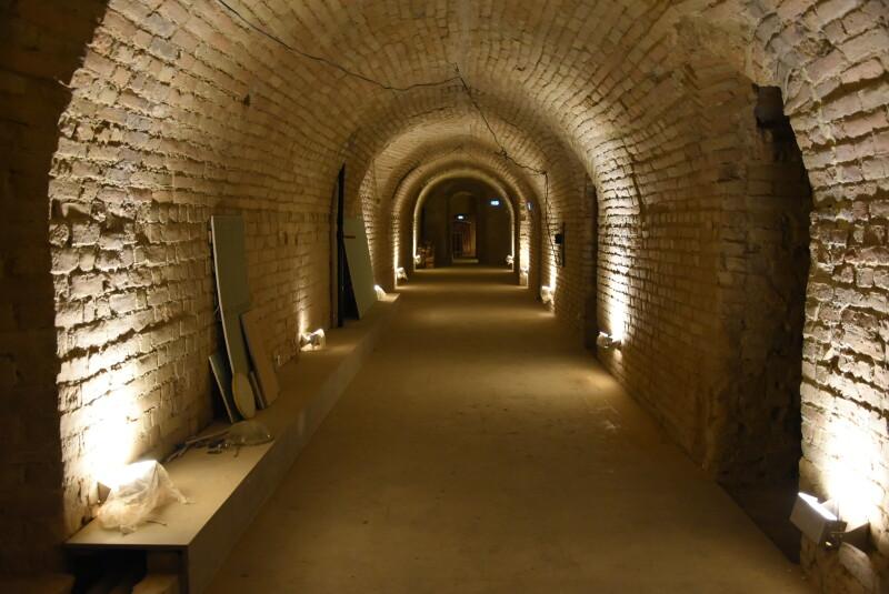 У луцьких підземеллях виявили старовинну знахідку. ФОТО